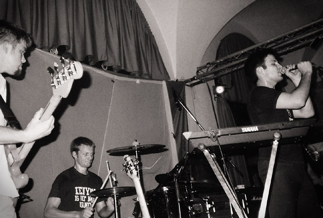 photos/concerts/2000/06_12_K4_Nuernberg/000612_Flamingos+DisPlan_Dismemberment_Plan_02.jpg