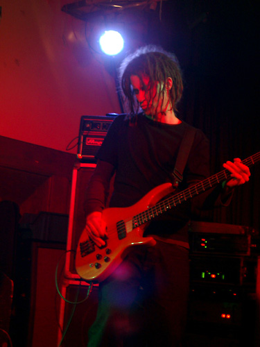 photos/concerts/2002/01_11_K4_Nuernberg/Ten_Volt_Shock_02_01120001.jpg