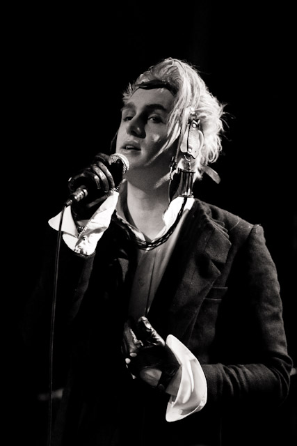 photos/concerts/2009/10_04_Ampere_Muenchen/Patrick_Wolf_091004_IMG_3613.jpg