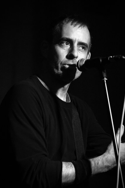 photos/concerts/2012/09_22_Kafe_Kult_Muenchen/Ted_Leo_120922_IMG_4305.jpg