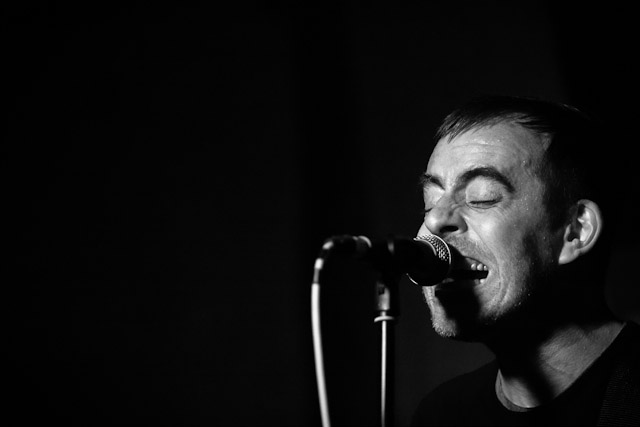 photos/concerts/2012/09_22_Kafe_Kult_Muenchen/Ted_Leo_120922_IMG_4367.jpg