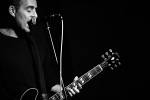 photos/concerts/2012/09_22_Kafe_Kult_Muenchen/_thb_Ted_Leo_120922_IMG_4302.jpg
